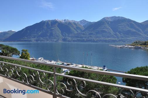 Hotel Geranio Au Lac - Locarno - Balcony
