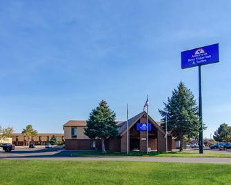 Americas Best Value Inn & Suites Ft. Collins E at I-25 - Fort Collins - Building