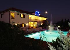 Hotel Aurora - Pula - Pool