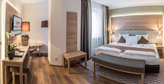 Drei Loewen - Munich - Bedroom