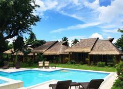 La Natura Resort - Coron - Pool