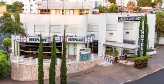 Uberpalace Hotel - אוברלאנדיה