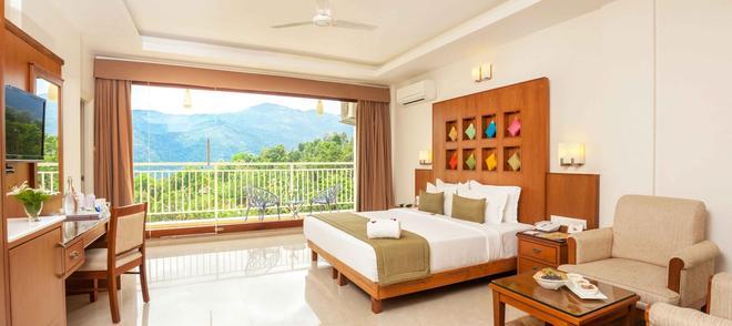 The Fog Munnar Resorts & Spa - Munnar - Phòng ngủ