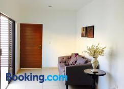 Apartamentos Torre II Condominios - Mazatlán - Living room