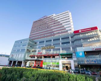 Hotel & Plaza Stadium 酒店 - 雷昂 - 獅子城 - 建築