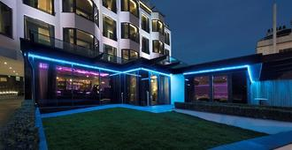 Seven Hotel - Southend-on-Sea - Building