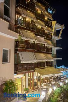 Hotel Fjord - Sozopol - Edificio