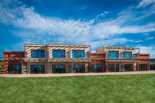 Oasis Beach Hotel - Hersonissos - Building