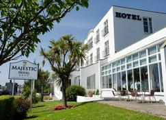 Majestic Hotel - Waterford - Building