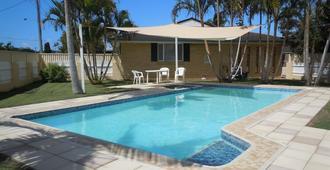 巴琳娜汽車旅館 - 巴利納 - 巴里納(澳洲) - 游泳池