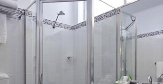 Alpine Motor Inn - Katoomba - Banheiro