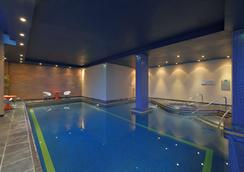 Radisson Blu Hotel, Liverpool - Ливерпуль - Бассейн