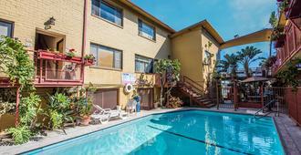 Hollywood Downtowner Inn - Λος Άντζελες - Πισίνα