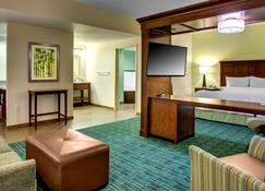 Hampton Inn & Suites - Coconut Creek, FL - Coconut Creek - Bedroom