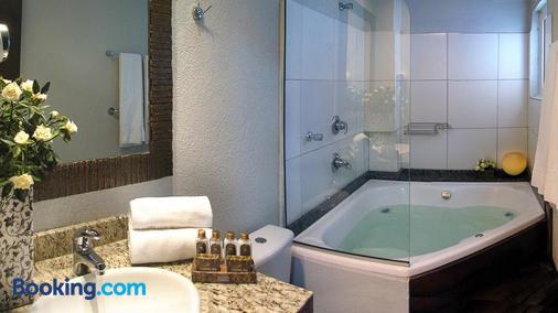 Sky Centro Hotel & Spa - Gramado - Phòng tắm