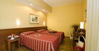 Hotel Fenice Milano - Mailand - Schlafzimmer