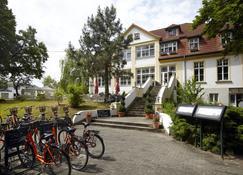 Hotel Idyll am Wolgastsee - Korswandt - Vista del exterior