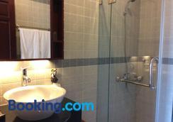 Nam Bo Boutique Hotel - Cần Thơ - Bathroom