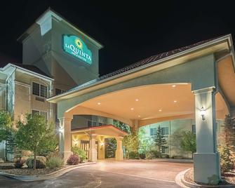 La Quinta Inn & Suites by Wyndham Trinidad - Trinidad - Building