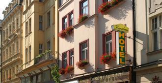 Hotel Kavalerie - Karlovy Vary - Edifício