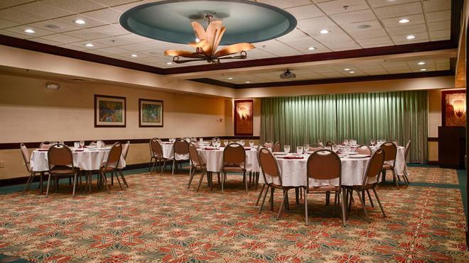 Best Western Aku Tiki Inn - Daytona Beach - Banquet hall