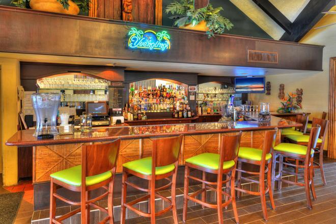 Best Western Aku Tiki Inn - Daytona Beach - Bar