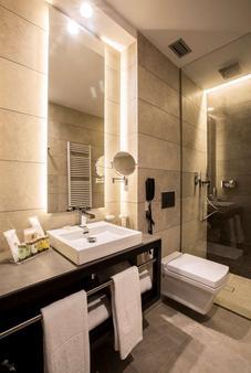 Vincci Mercat - Valencia - Kylpyhuone