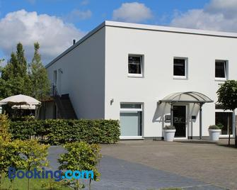 Pur Hotel - Schoonebeek - Gebouw