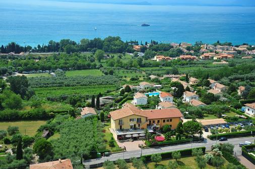 Albergo Panoramica - Bardolino - Outdoor view