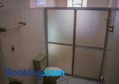 Hotel Barão Do Rio Branco - Bebedouro - Bathroom