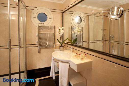 Hotel Piccolo Borgo - Rome - Bathroom