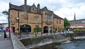 The Kings Head Inn Wetherspoon - Salisbury - Edificio