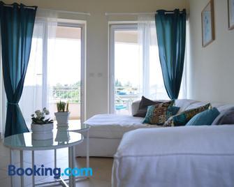 Apartments Nautica - Новіград Істрія - Living room