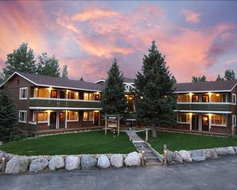 Breckenridge Park Meadows by Ski Country Resorts - Breckenridge - Building
