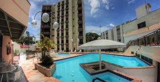 Hotel Ema Palace - סאו ז'וסה דו קמפוס