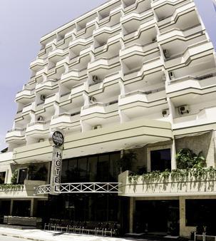 聖馬力諾卡西諾酒店 - 康泊琉海水浴場 - 巴拉奈里奧-坎布里烏 - 建築