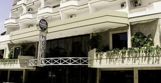 聖馬力諾卡西諾酒店 - 康泊琉海水浴場 - Balneário Camboriú - 建築