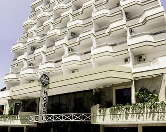 San Marino Cassino Hotel - Balneario Camboriu - Building