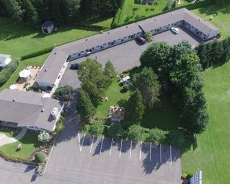 Motel La Cheminee - Saint-Jérôme - Outdoors view