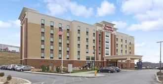 Hampton Inn & Suites Morgantown / University Town Centre - Morgantown