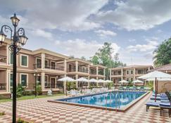 Seashell Suites and Villas - Candolim - Piscina