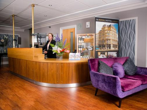 The Royal Hotel Cardiff - Cardiff - Front desk