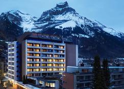 H+ Hotel & Spa Engelberg - Engelberg - Gebäude