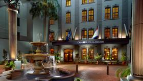 Omni Riverfront Hotel - New Orleans - Bygning