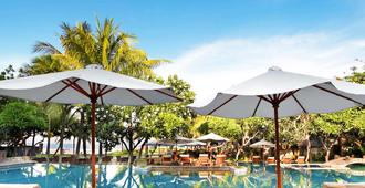 The Royal Beach Seminyak Bali - MGallery Collection - Kuta - Bể bơi