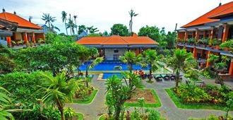 Swastika Bungalows - Denpasar - Outdoors view