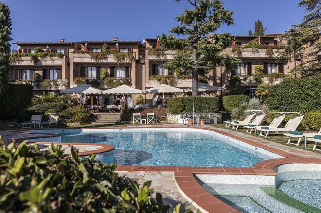 Relais Santa Chiara Hotel - San Gimignano - Pool