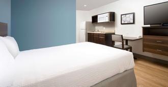 Woodspring Suites Fargo - Fargo - Bedroom
