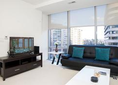 Arlington Fully Furnished Apartments, Sleeps 5-6 Guests - Arlington - Soggiorno