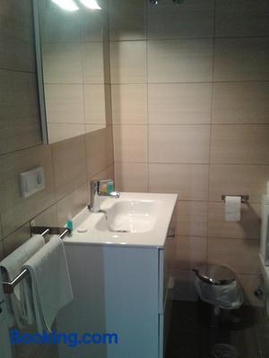 Hotel Las Americas - Torre del Mar - Bathroom